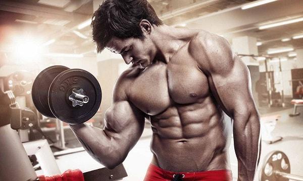 Comment progresser plus vite en Musculation min